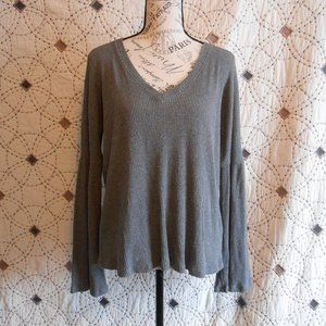 EUC Lucky Brand Grey Bell Sleeve V-neck Sweater M
